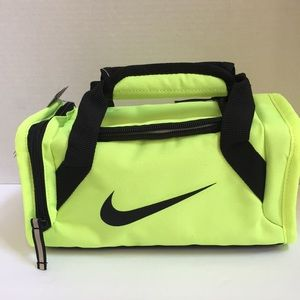 Nike small insulated lunch duffle bag, unisex